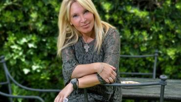 """"""" Alessandra Fioretti, psicologa, psicoterapeuta e mental trainer: come migliorare il rapporto con sé e gli altri """""""